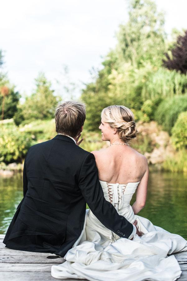 Nadine_Soeren_HochzeitPoolParty_WEB_-40.jpg