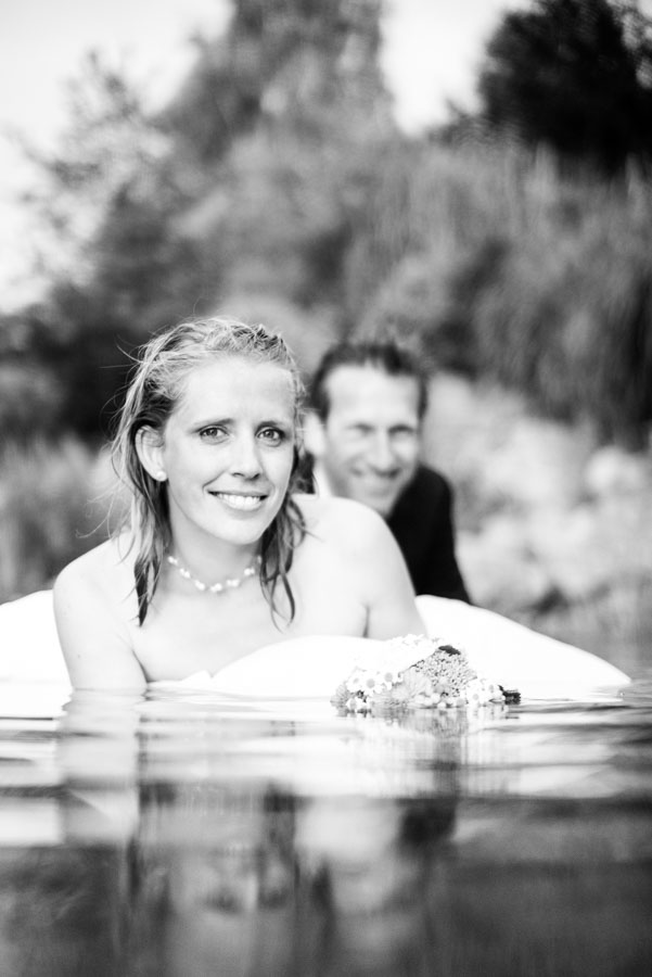 Nadine_Soeren_HochzeitPoolParty_WEB_-79.jpg