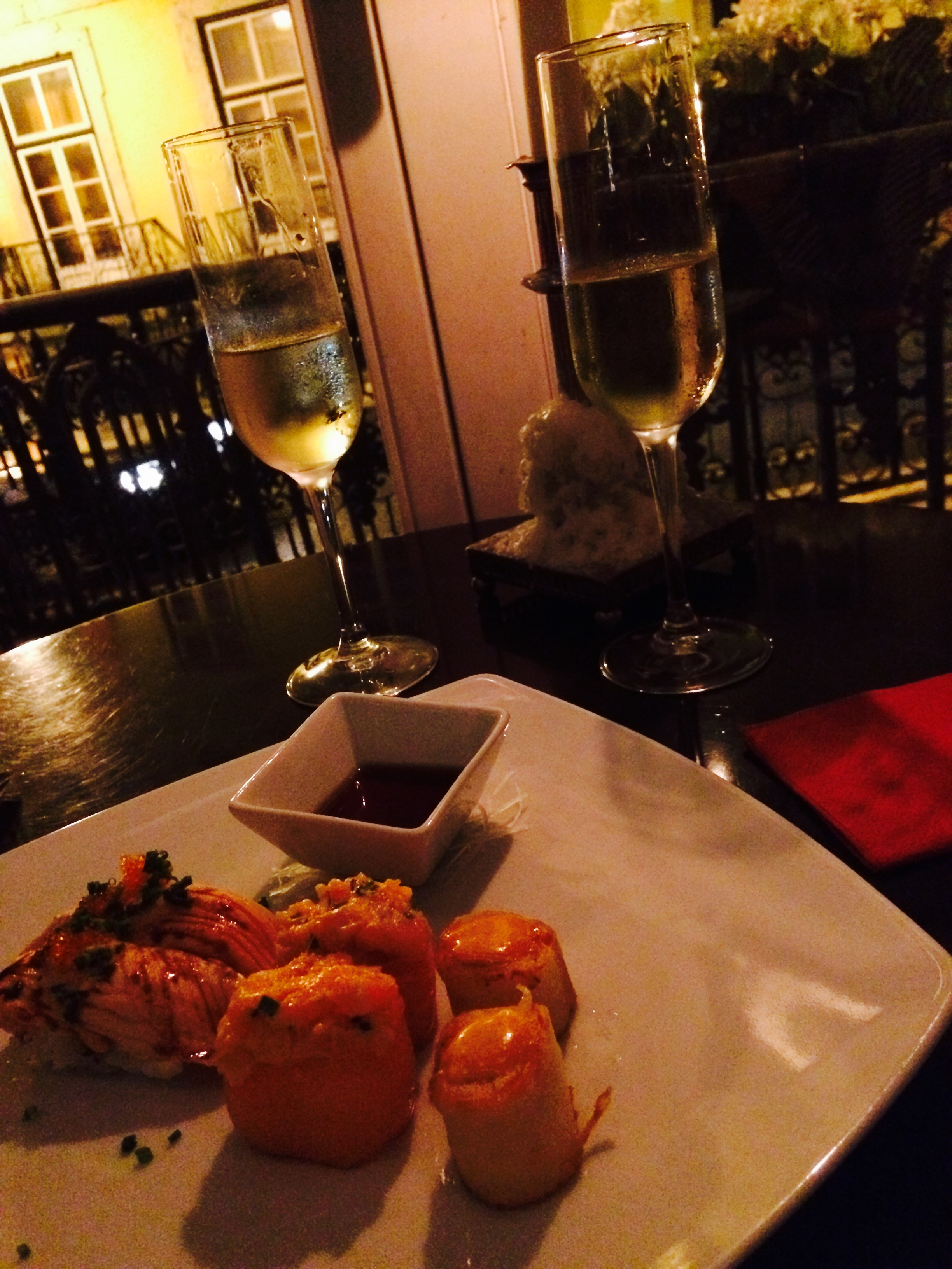"""Flashback to our daily """"Sushi Time"""" happy hour in Lisbon"""