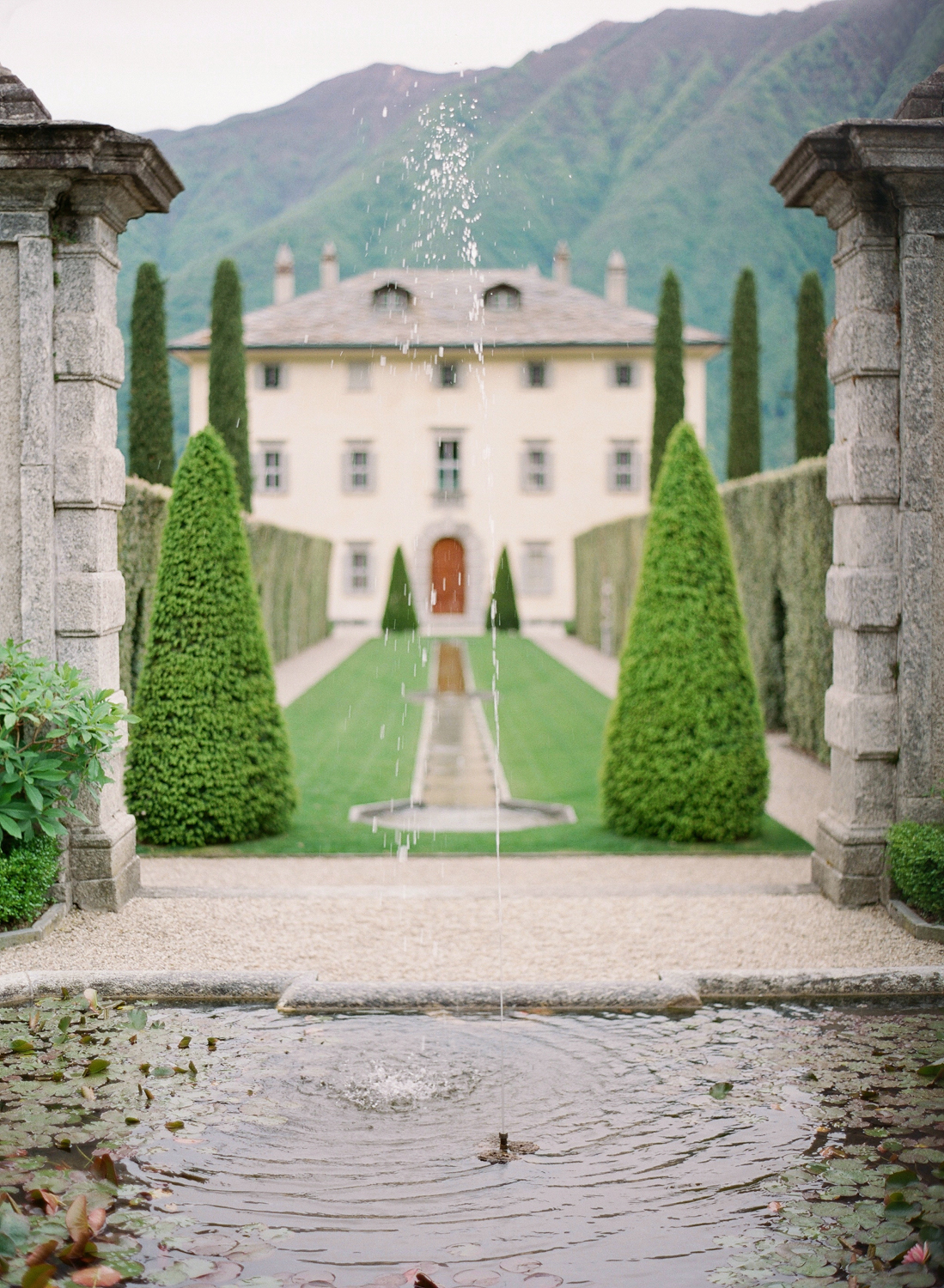 lake_como_wedding_photographer_villa_balbiano_wedding_nikol_bodnarova_photography_01.JPG
