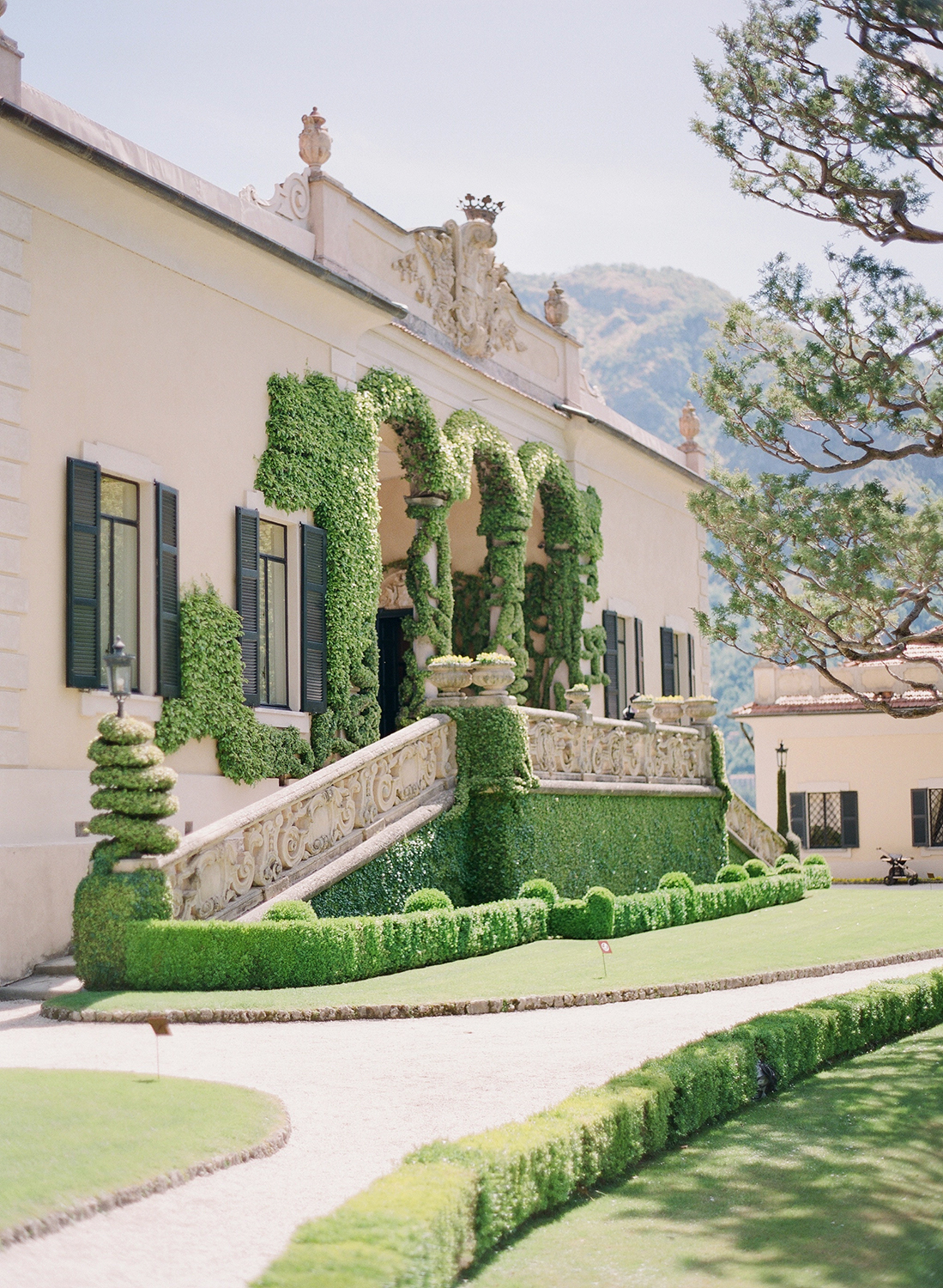lake_como_wedding_photographer_villa_balbaniello_wedding_nikol_bodnarova_photography_03.jpg