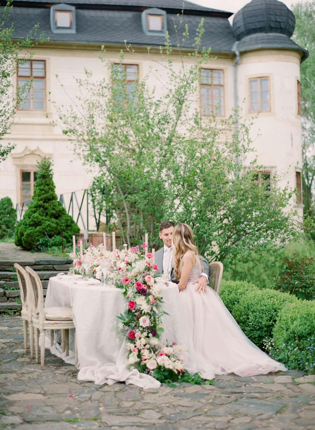 chateau_trebesice_wedding_photographer_prague_wedding_113.JPG