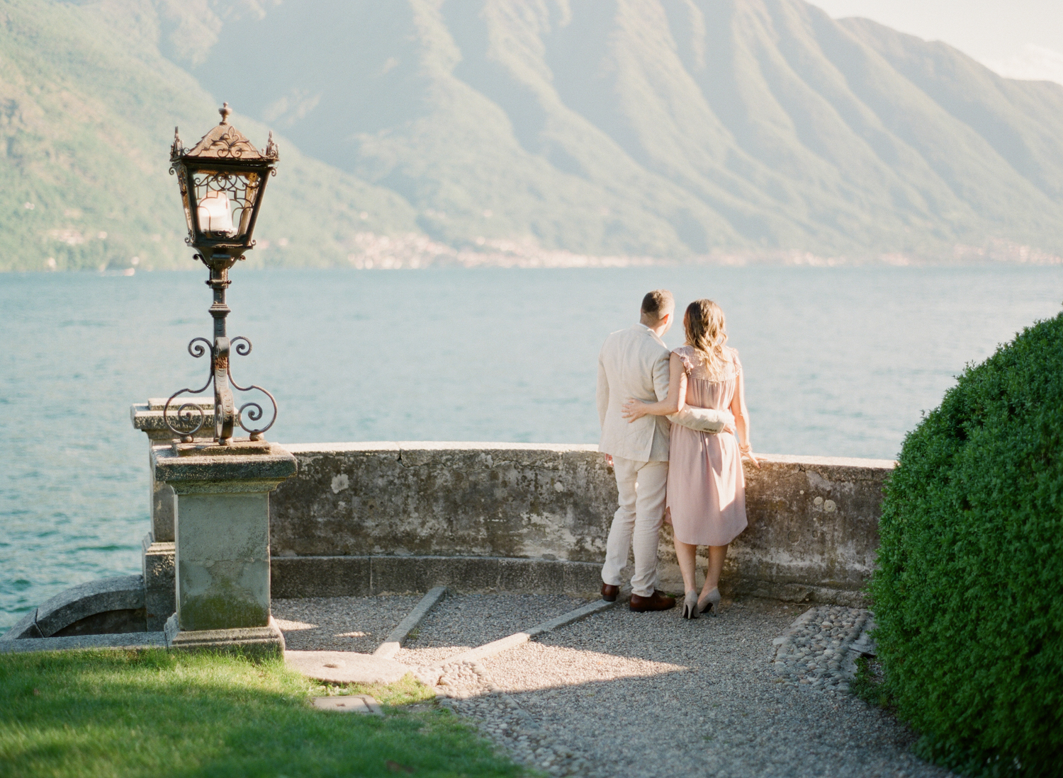 Lake_Como_wedding_photographer_nikol_bodnarova_lake_como_film_wedding_photographer_10.JPG