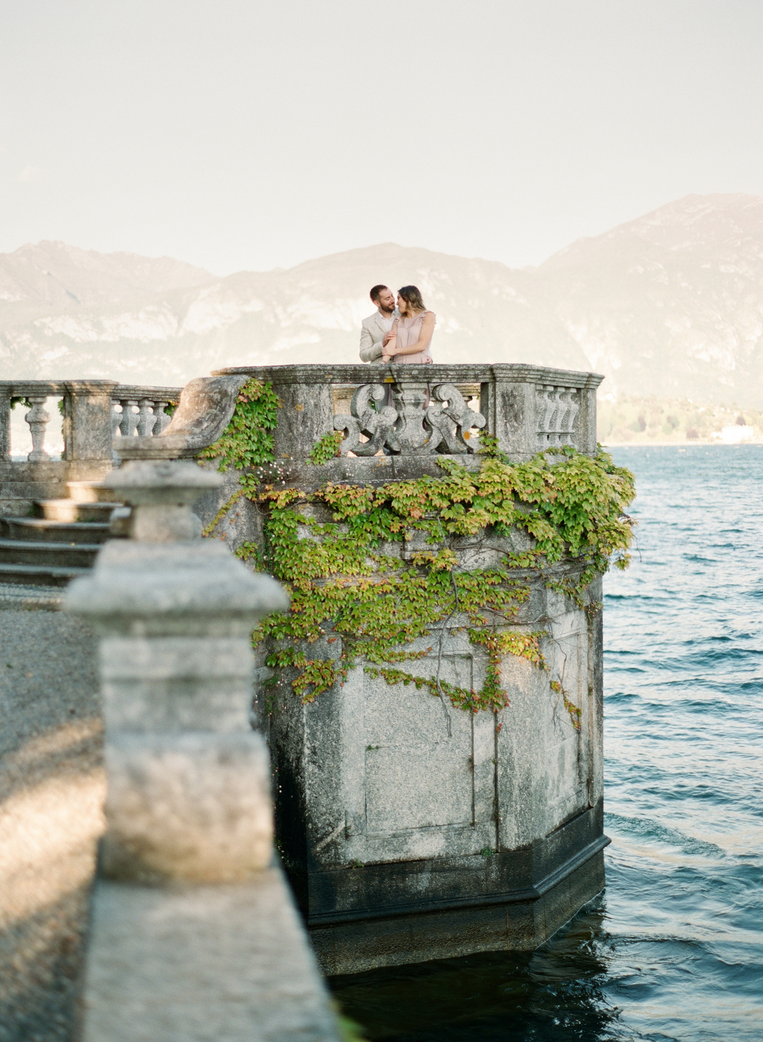 Lake_Como_wedding_photographer_nikol_bodnarova_lake_como_film_wedding_photographer_39.JPG