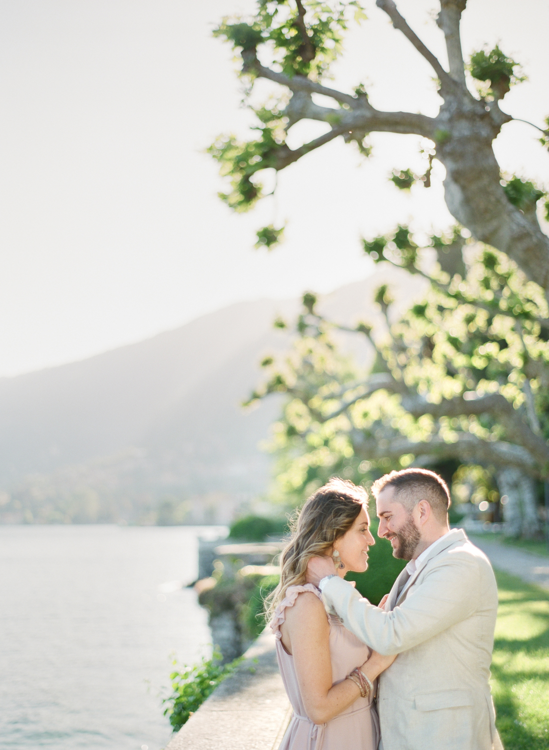 Lake_Como_wedding_photographer_nikol_bodnarova_lake_como_film_wedding_photographer_32.JPG
