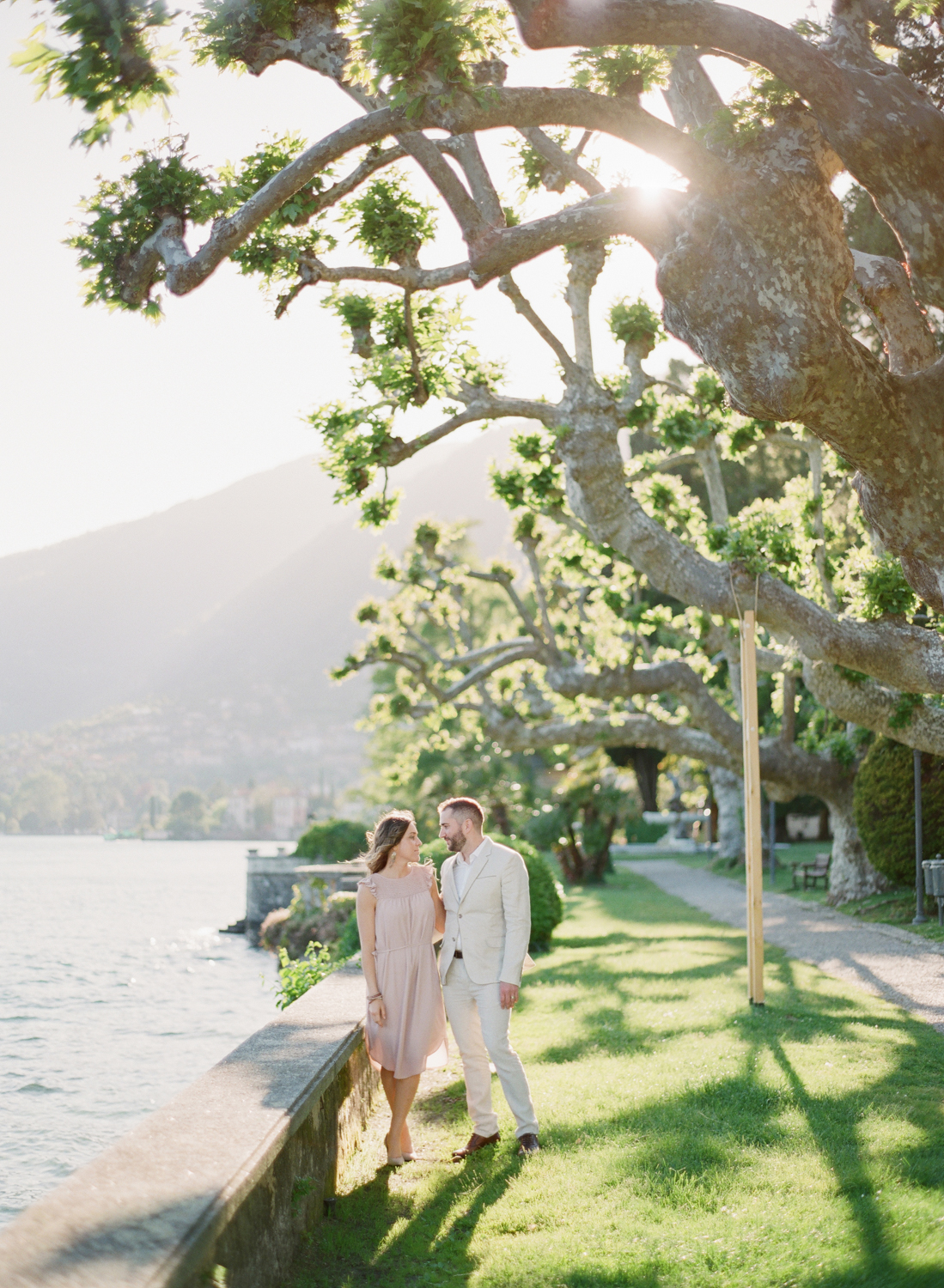 Lake_Como_wedding_photographer_nikol_bodnarova_lake_como_film_wedding_photographer_30.JPG