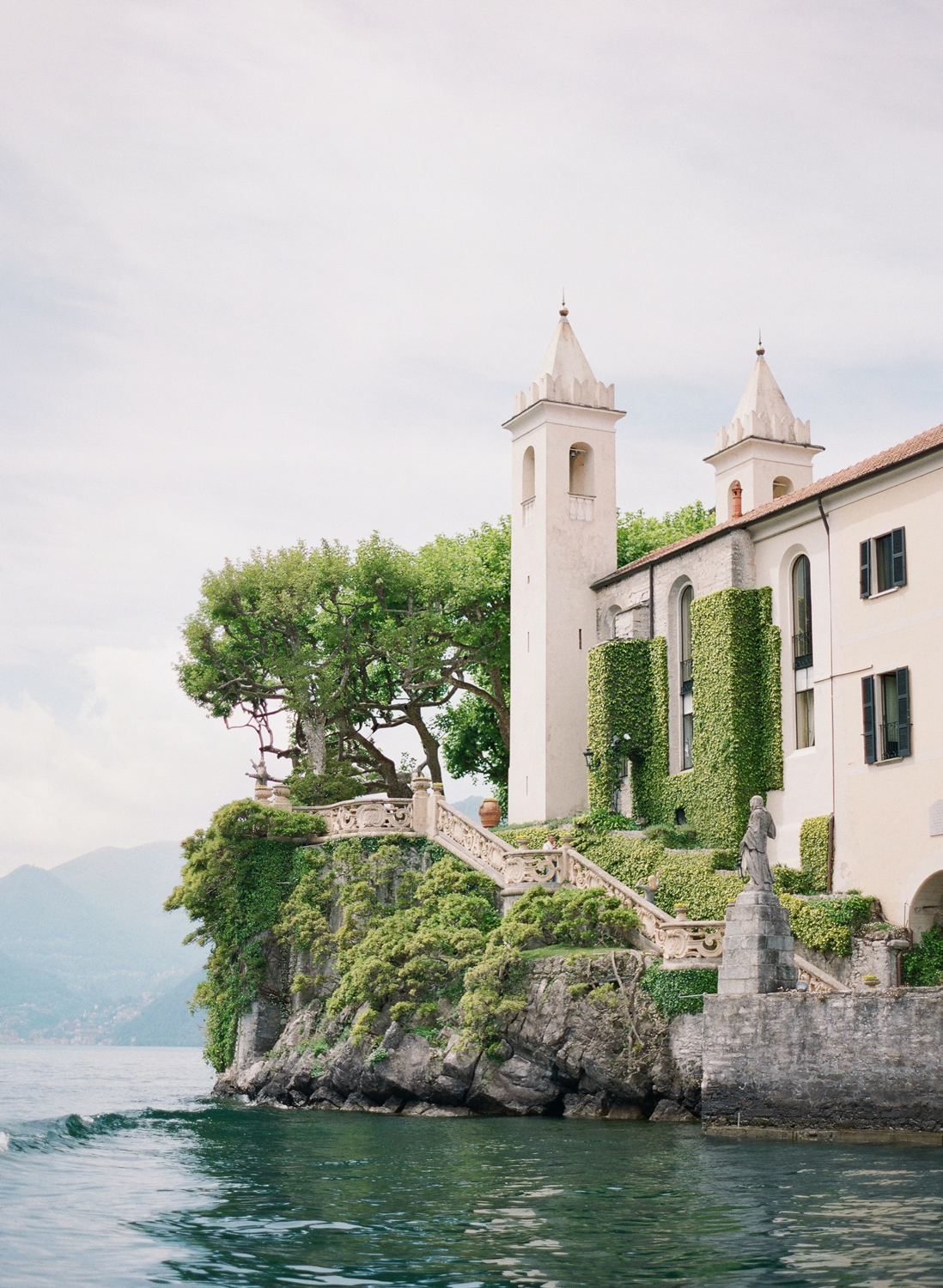 lake_como_wedding_photographer_villa_balbianello_wedding_nikol_bodnarova_photography_20.JPG