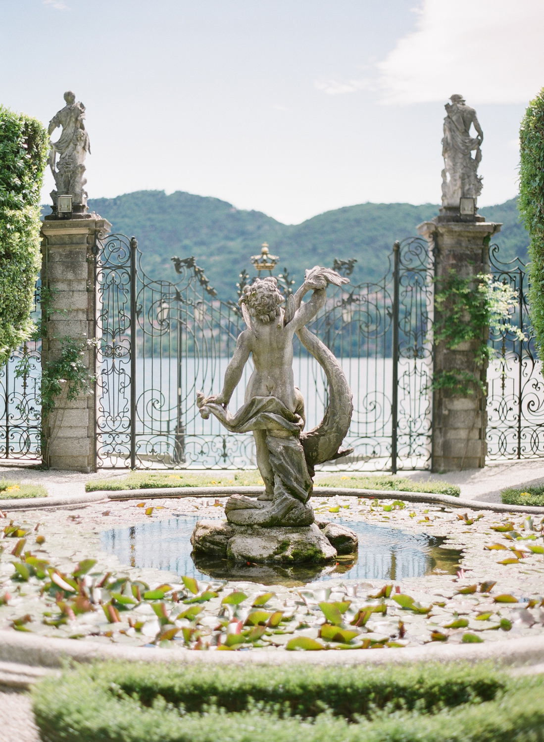 lake_como_wedding_photographer_villa_carlotta_wedding_nikol_bodnarova.JPG