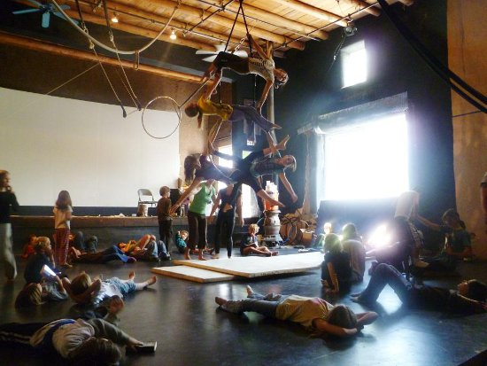 Peñasco Teater, Circus Training