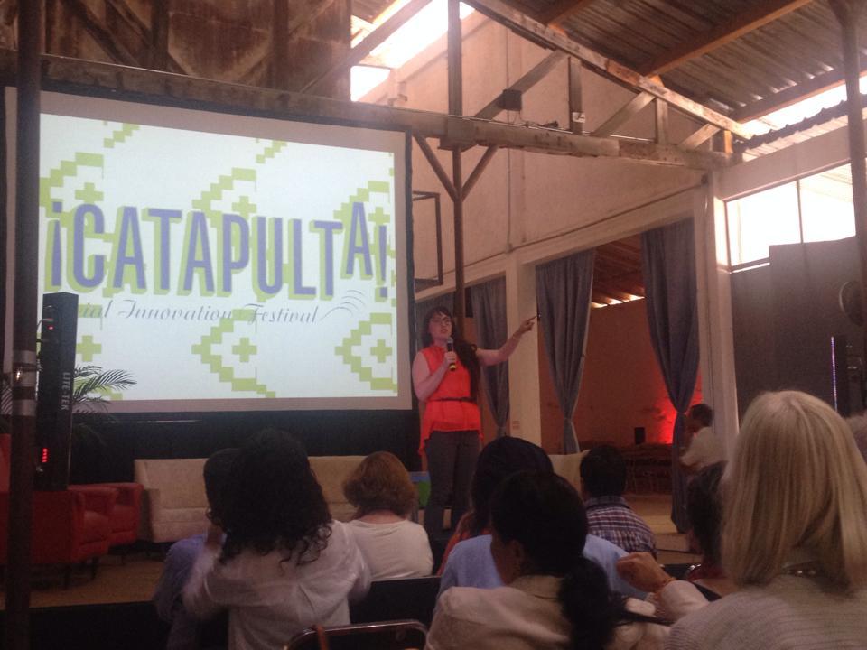 Lauren Higgins presenting for Catipulta Social Innovation Festival