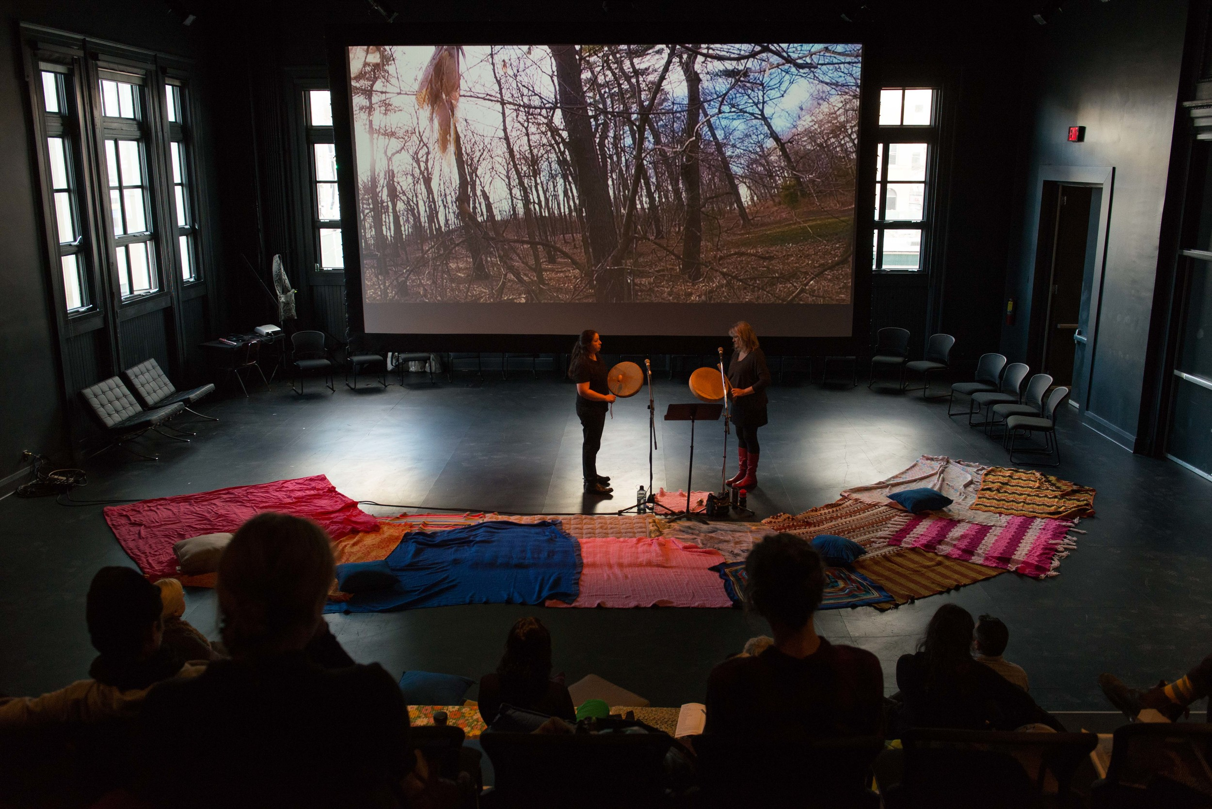 Photo credit: Henry Chan,Nikamon Ochi Askiy (Ke'tapekiaq Ma'qimikew): The Land Sings,Ursula Johnson created in collaboration with Cheryl L'Hirondelle,presented by FADO Performance Art Centre 2016.
