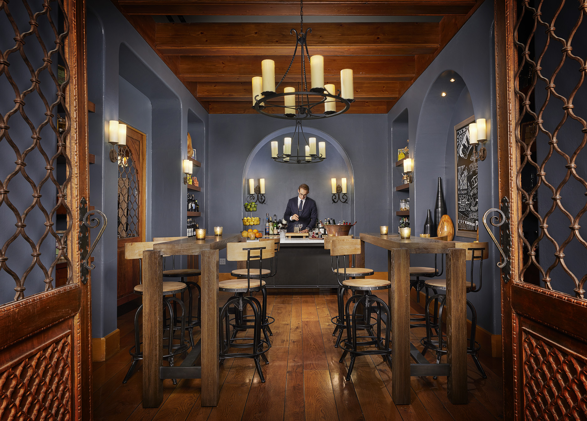 Four Seasons Gin Bar.jpg