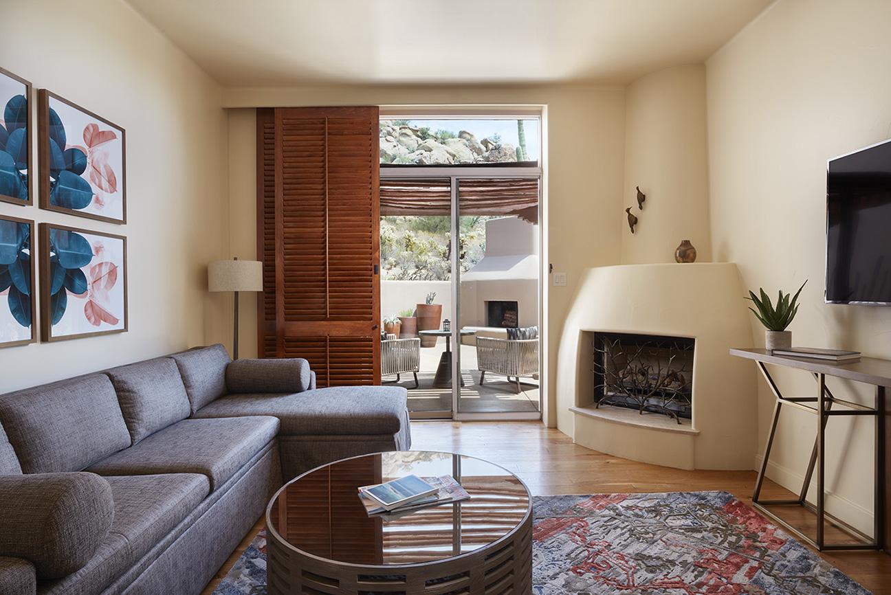 1BDR Suite Living.jpg