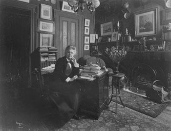 Mrs. Jeanette Thurber in her office, 1905. Photo courtesy of   Museum of the City of New York, The Byron Collection.