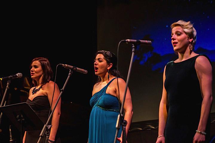 Pavlina Horáková with vocalists Nadia Sepsenwol and Julia Partyka