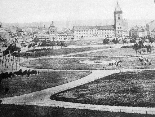 Charles Plaza in Prague 1870. Through most of the 1860's until his marriage in 1873 Dvořák lived with relatives in a building at the upper right.