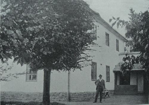 Dvořák by his house in Vysoká