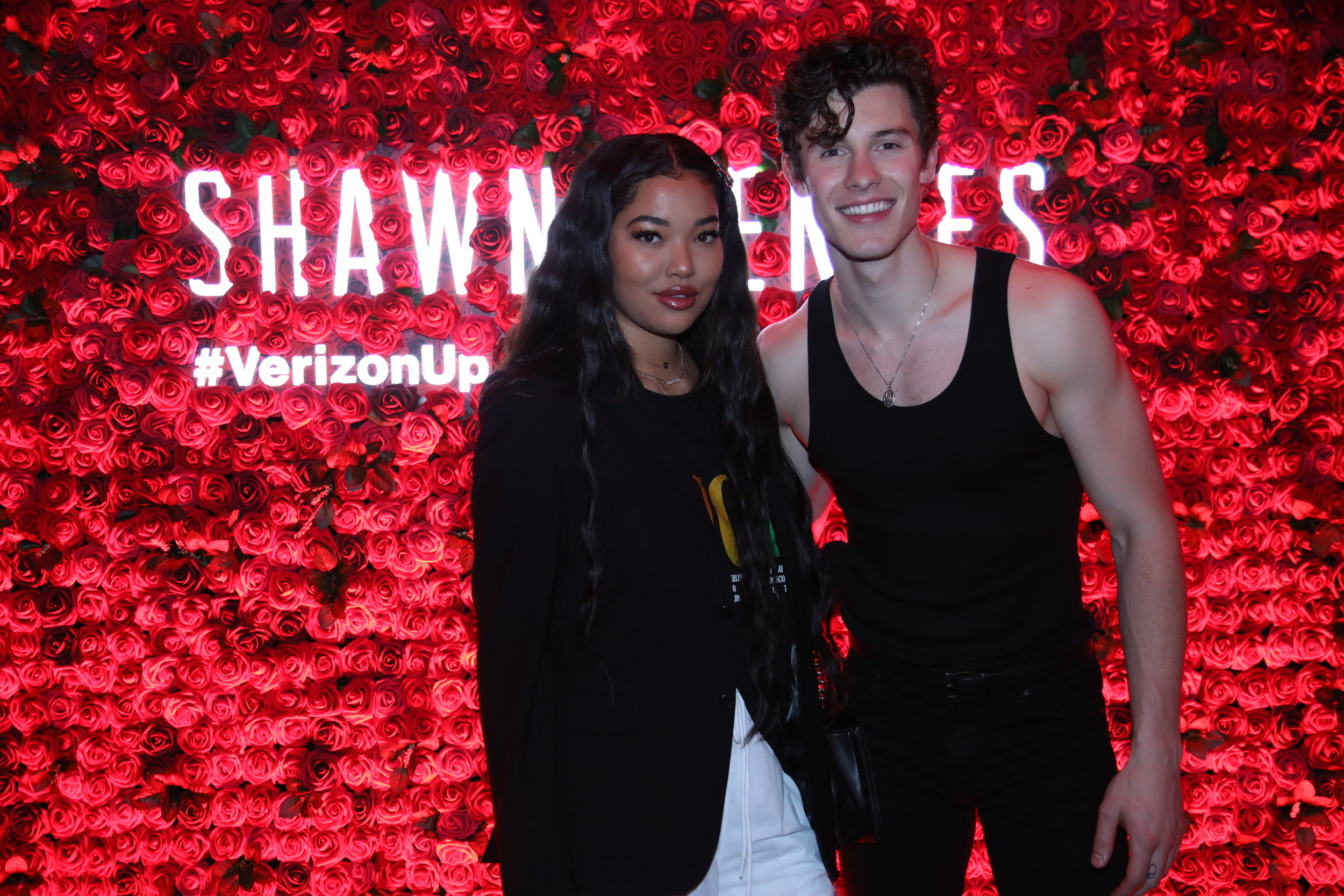 Verizon_ShawnMendes_NYC_5_14_2019_M&G-1.jpg