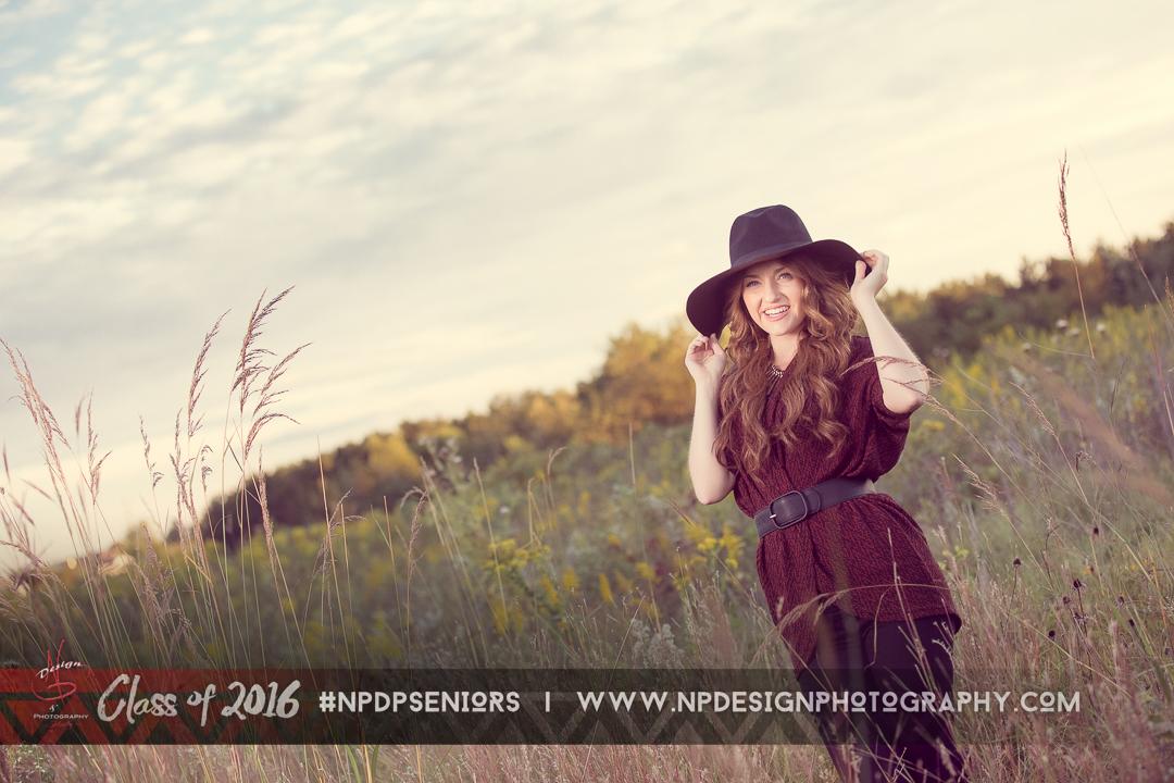 Senior Pictures Field Summer