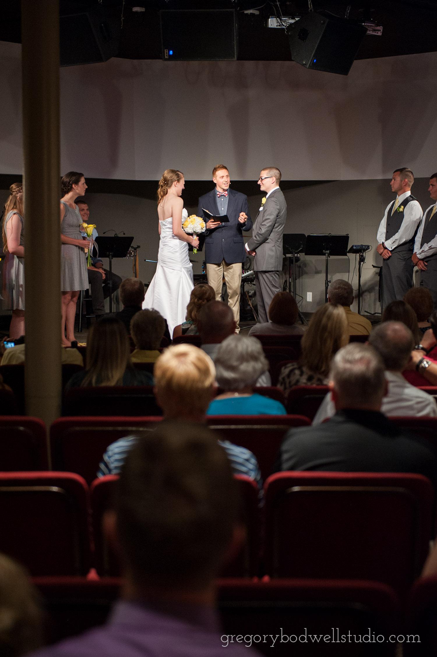 Monnin_Wedding_Athens_Ohio_Photographer_017.jpg