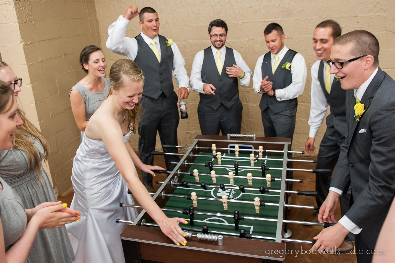 Monnin_Wedding_Athens_Ohio_Photographer_021.jpg