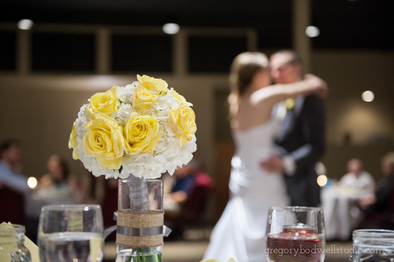 Monnin_Wedding_Athens_Ohio_Photographer_027.jpg