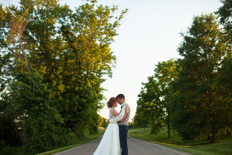 BodwellStudio_Wedding_Photography_2018_Athens_Ohio_004.jpg