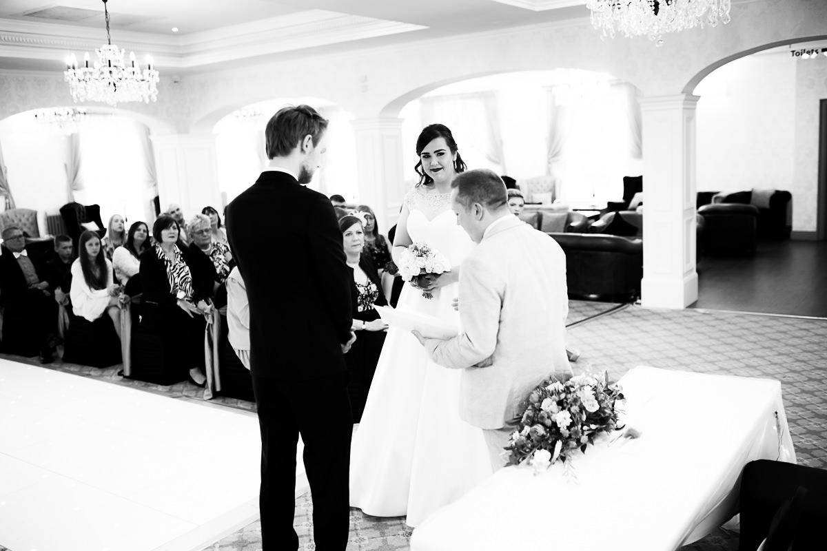 Northern Ireland Wedding Photographer (51).jpg