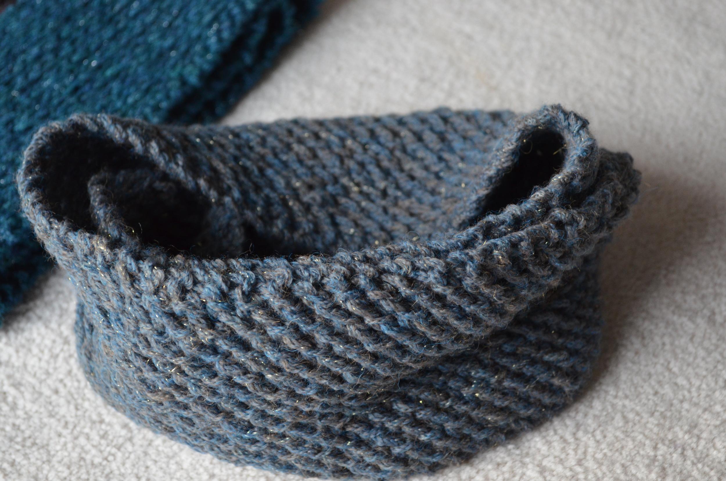Berroco Flicker Cowl / easy knitting project / warporweft.com