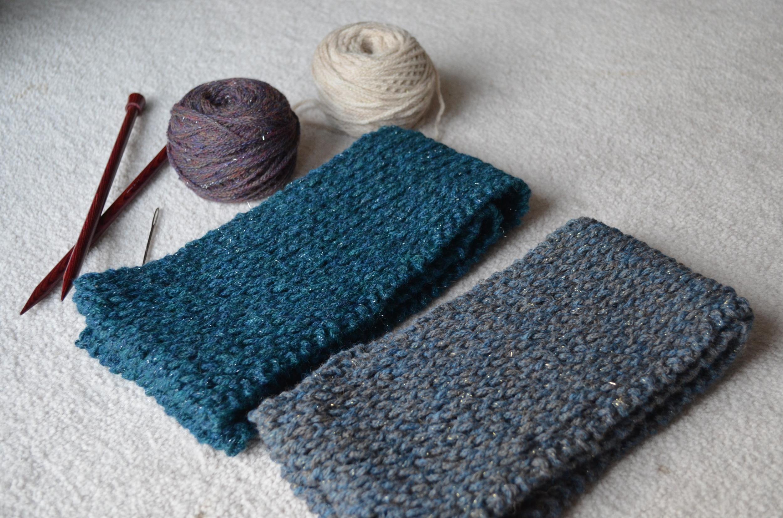 Berroco Flicker Cowl Scarf / easy scarf knit pattern / warporweft.com