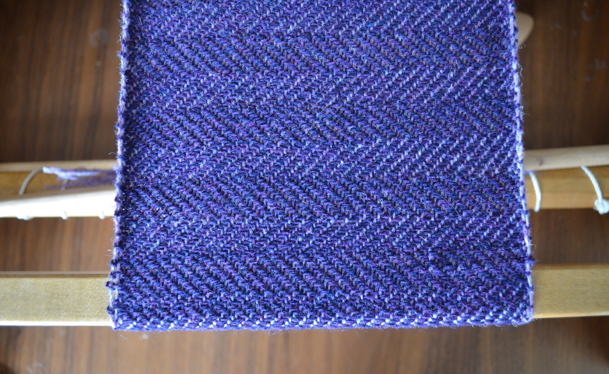 2/2 Extended Point Twill / warporweft.com