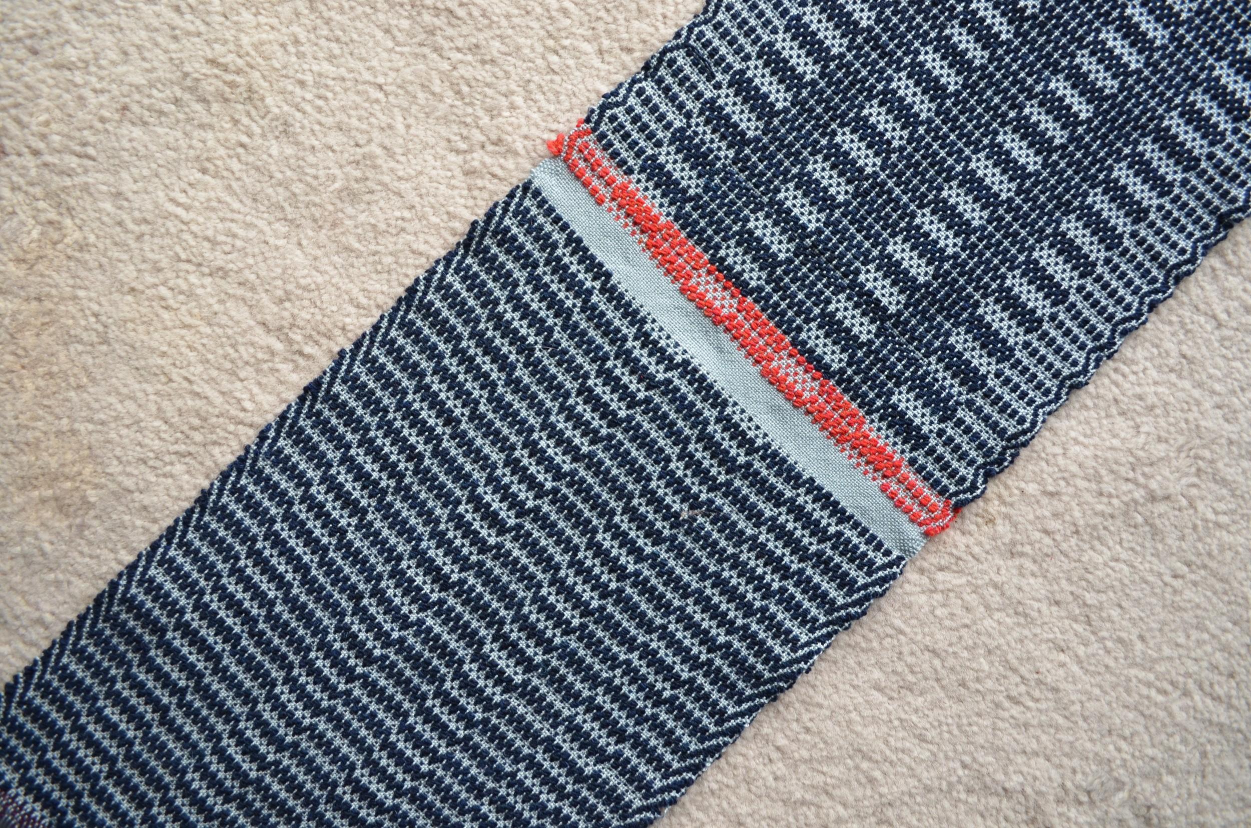 Crackle Twill Weaving / warporweft.com