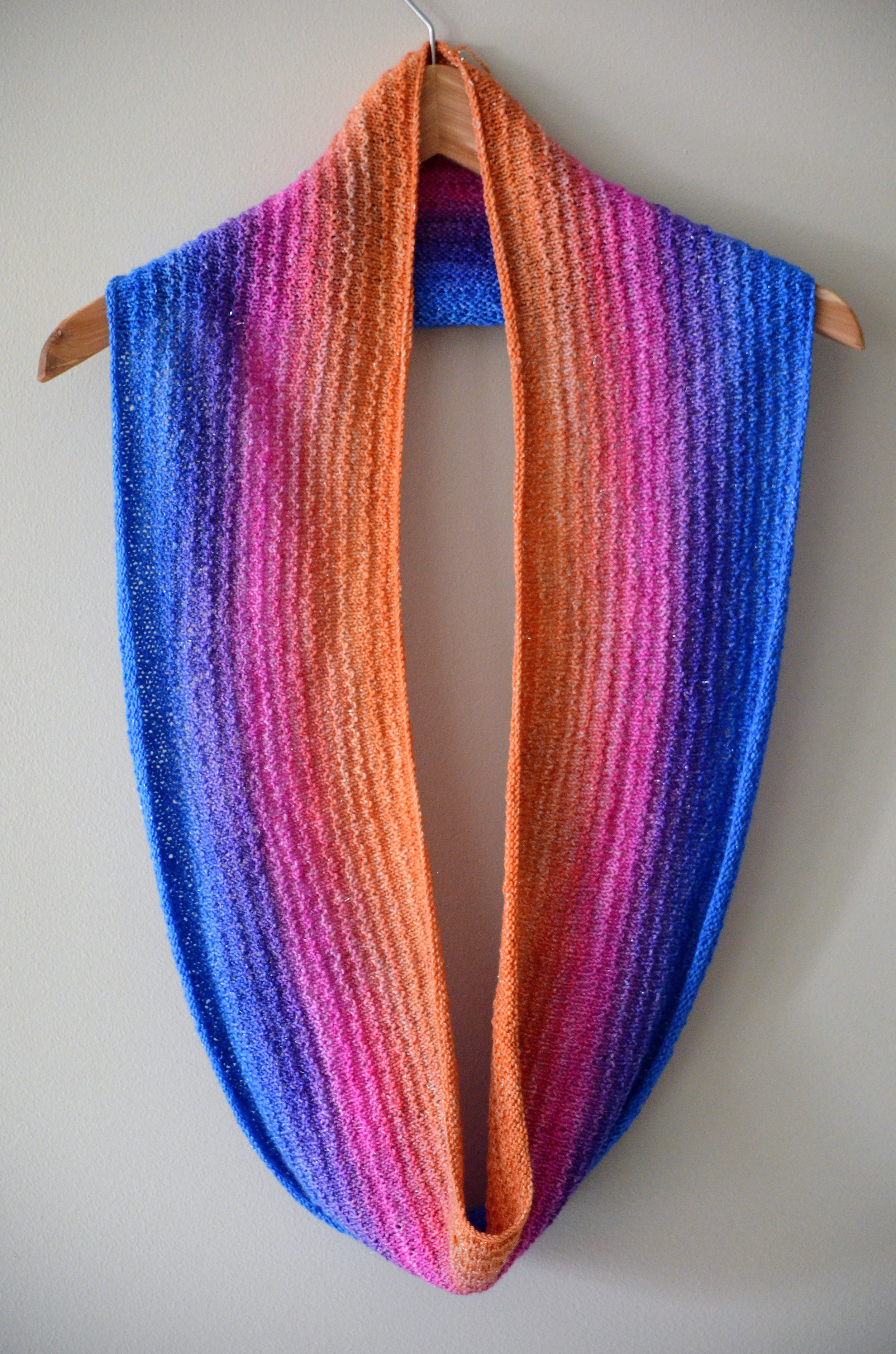 Capitol Hill Cowl Scarf Knitting Pattern / Warporweft.com