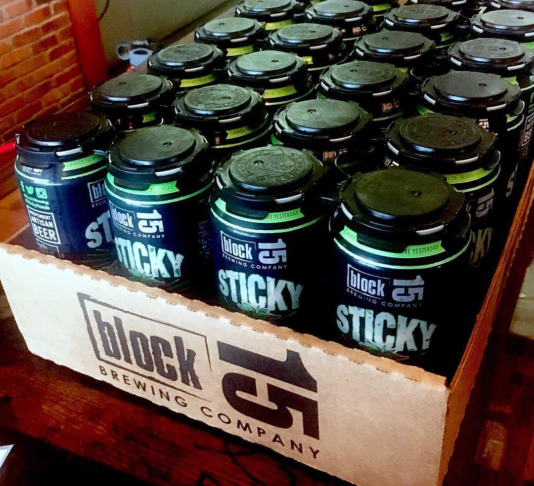 block 15 sticky hands bella vino gift baskets corvallis boxes.jpg