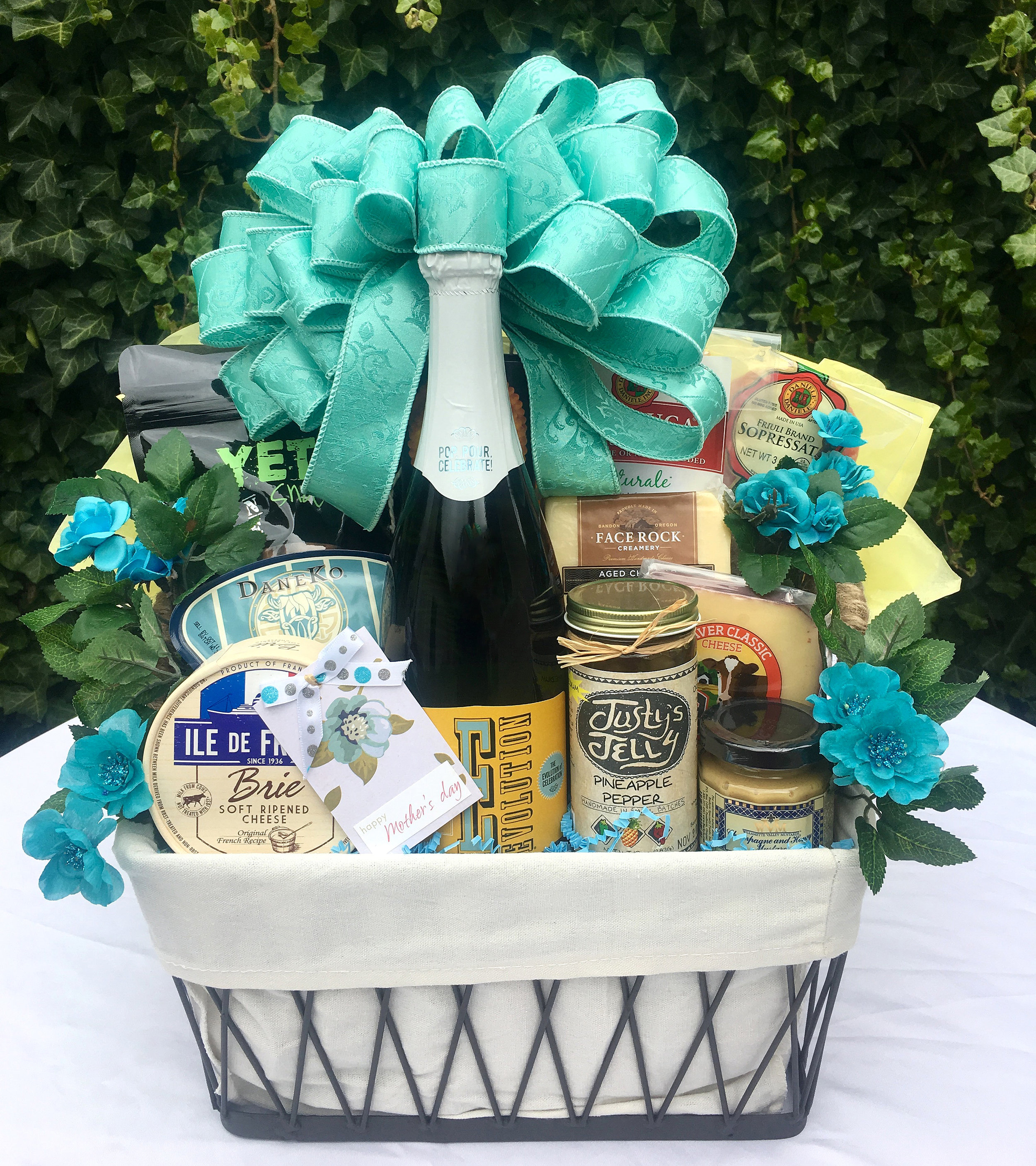 This represents a deluxe gift basket presentation, not contents specific to this gift.