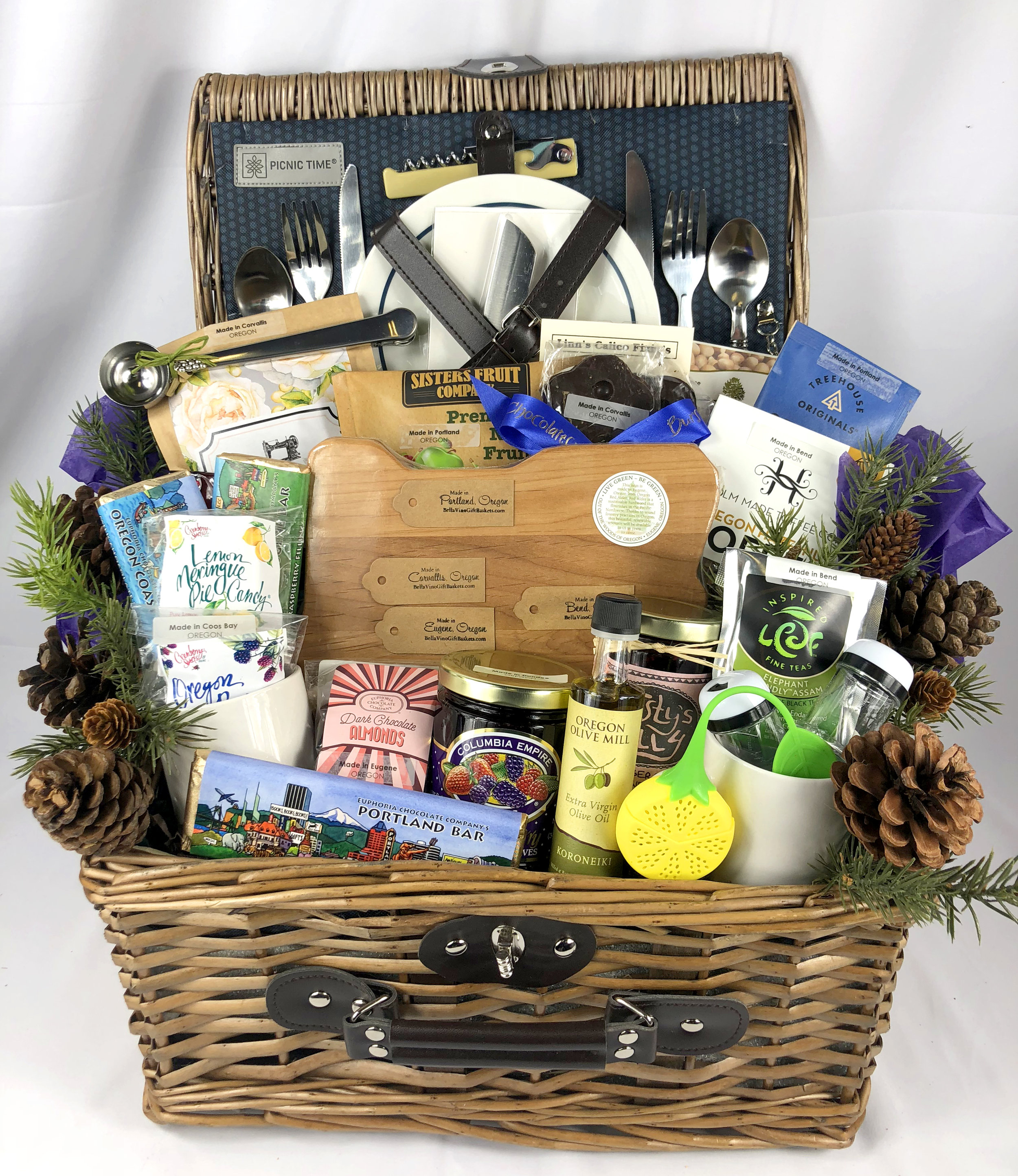 Not representative of contents, only gift basket presentation in picnic basket