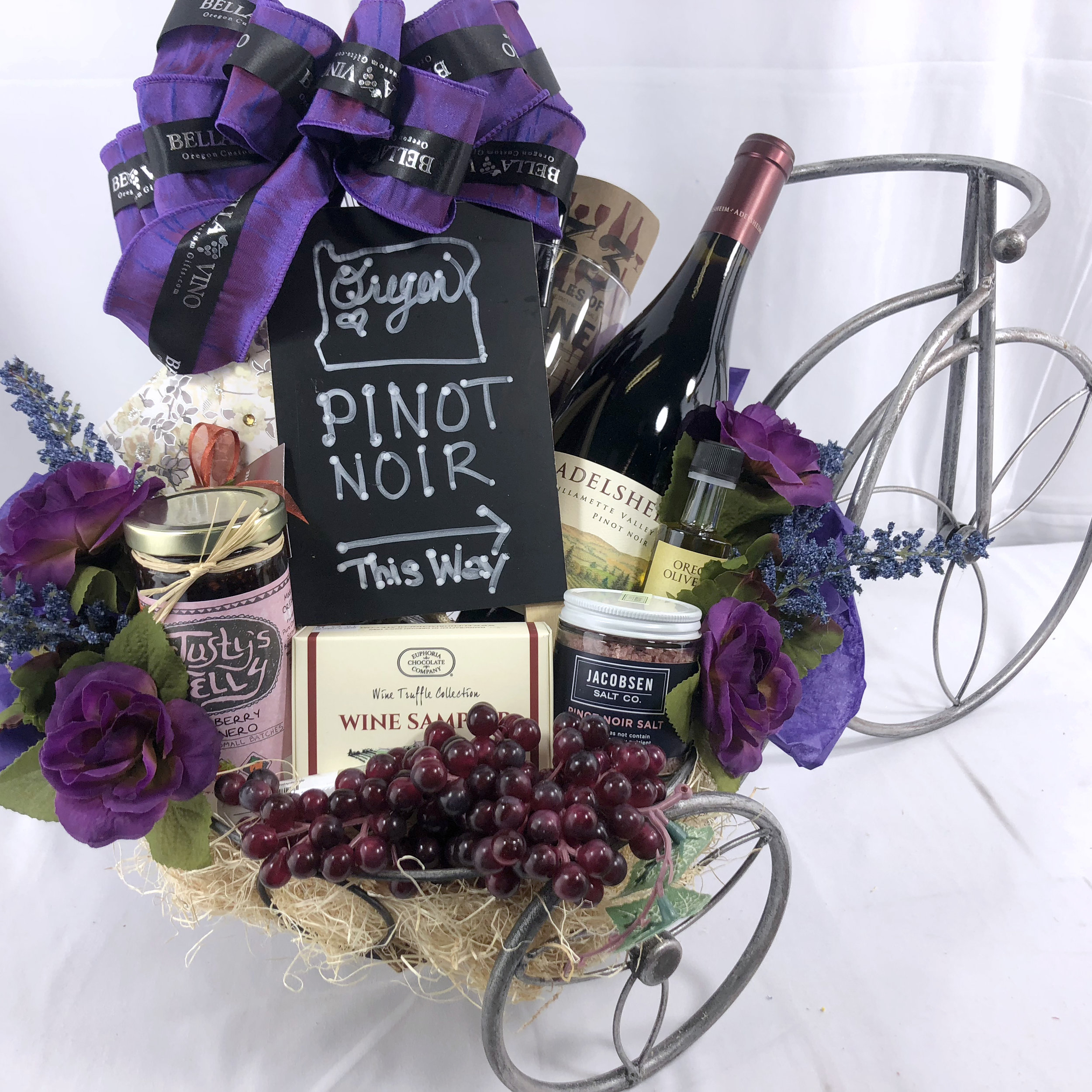 oREGON wINE gifts - Gift baskets & boxes with custom options Containing Oregon wine & foods