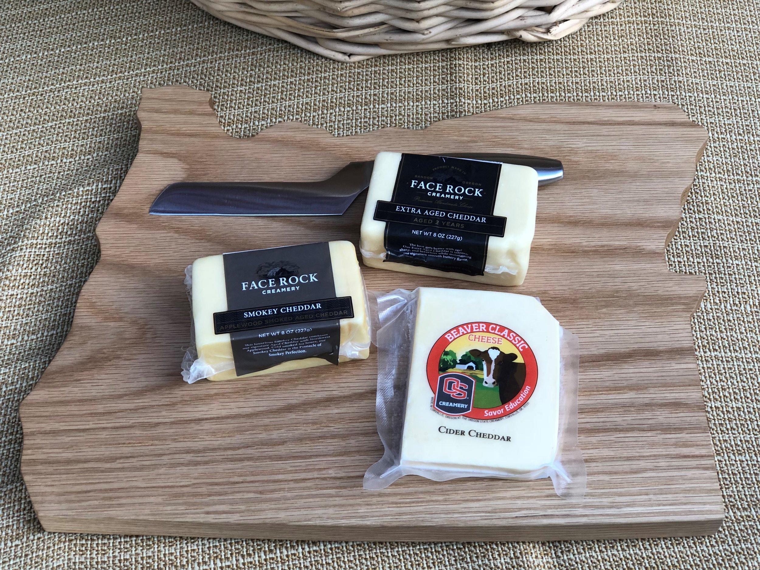 oregon cheese board with cheese (2).jpg