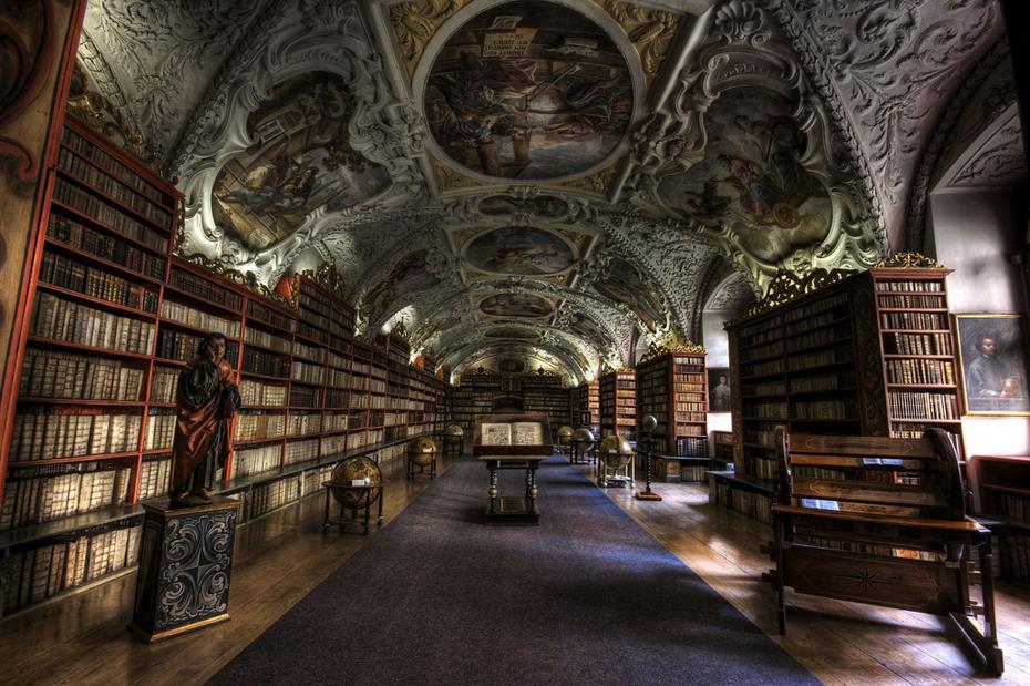 Strahov Theological Hall.Prague.Photo: Rafael Ferreira