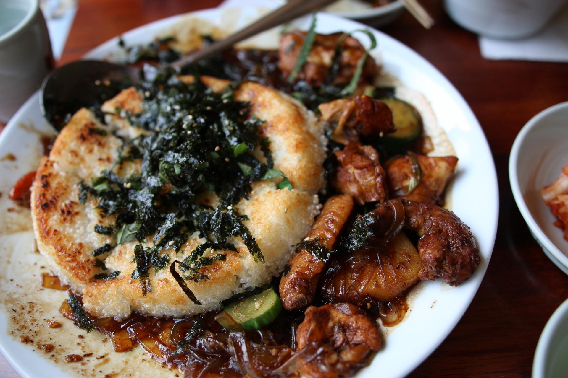 누른지밥 (toasted rice) added in during the middle of the meal.  You HAVE to get the toasted rice! Not all locations do this actually, so make sure you only go to the ones that do! So far, I know that the 압구정로대오 (apgujung rodeo) and 홍대 (hongdae) locations do.
