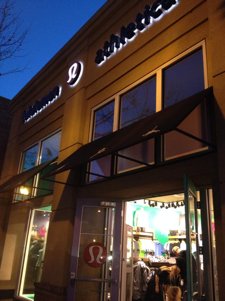 Walnut Creek - http://www.lululemon.com/walnutcreek/walnutcreek?sli=1  1201 Main Street  Walnut Creek, CA United States 94596   925-274-1253   walnutcreek-store@lululemon.com