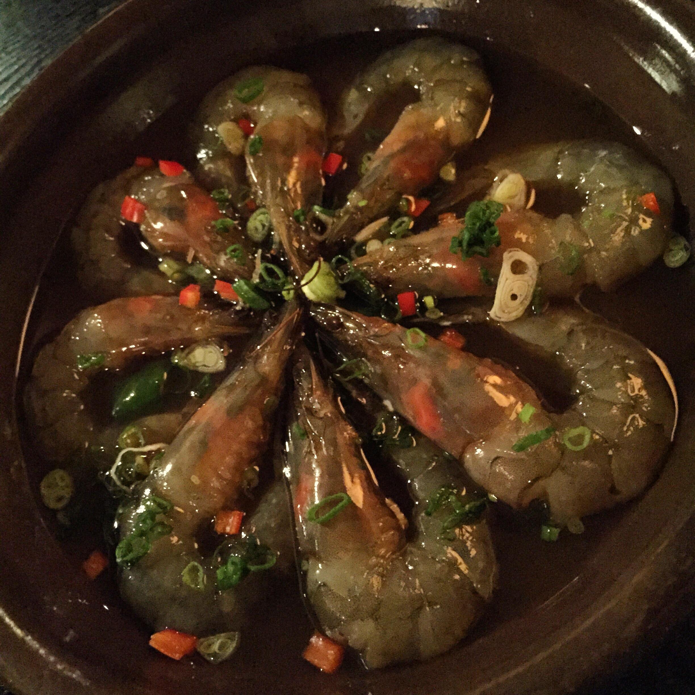 새우장 (SeWooJang) - Raw Prawns.25 000won.    There was so much meat on the body, and the juiceyou suck out of the head was so flavourful. I am drooling thinking about this dish and I would definitely order it again. So fresh, so flavourful and so good!