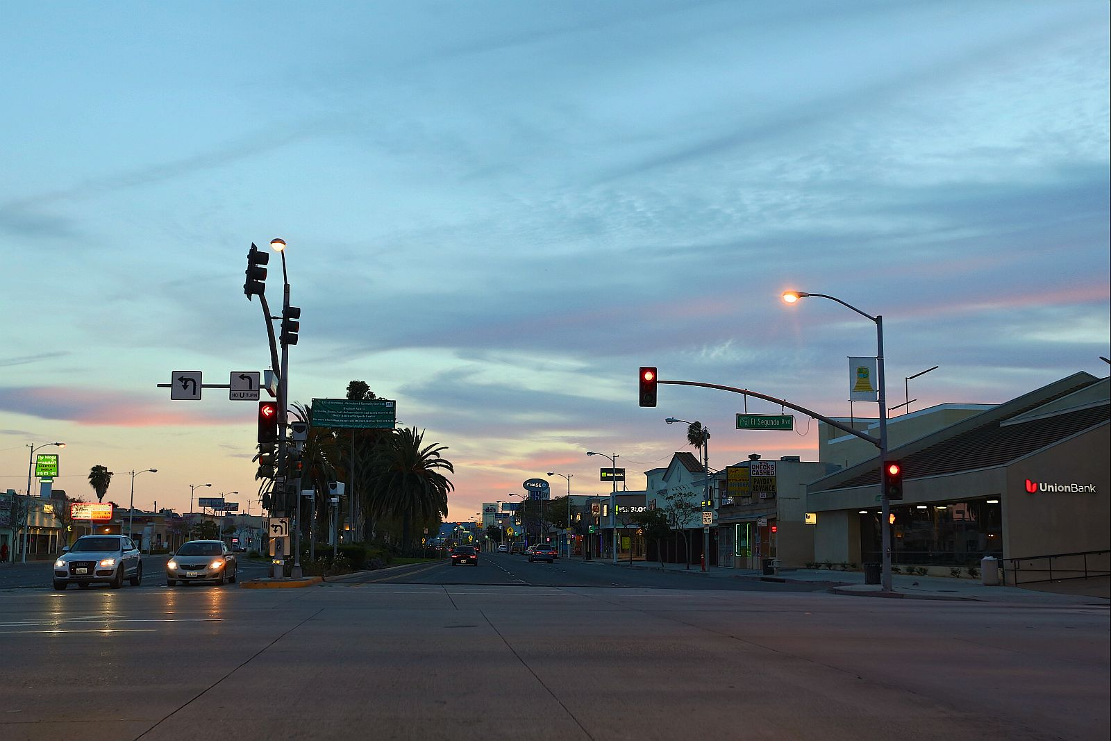 Hawthorne Blvd at sunset