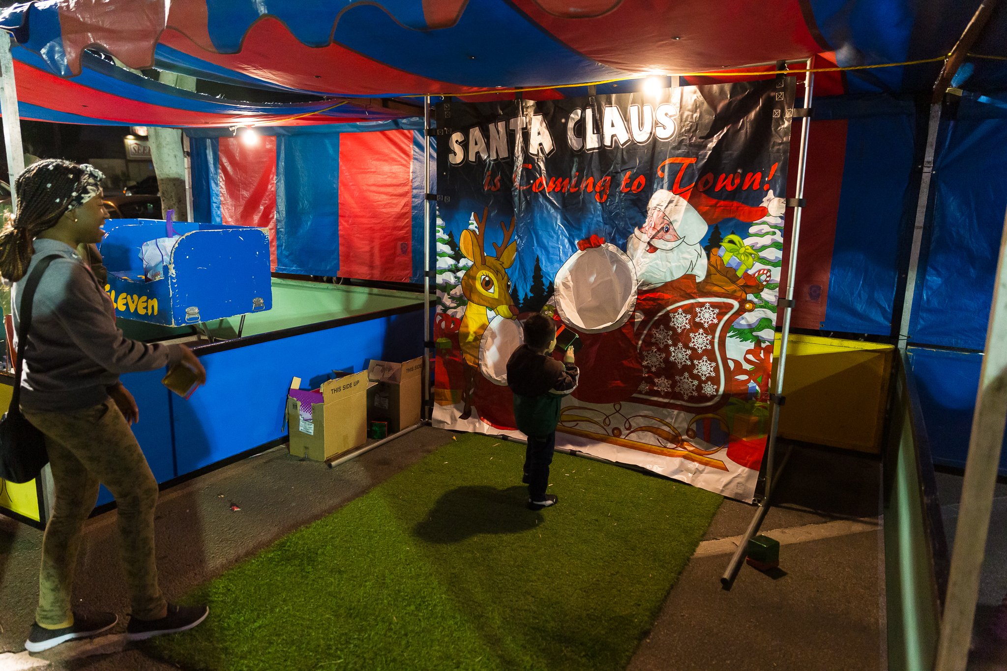 Santa game toss