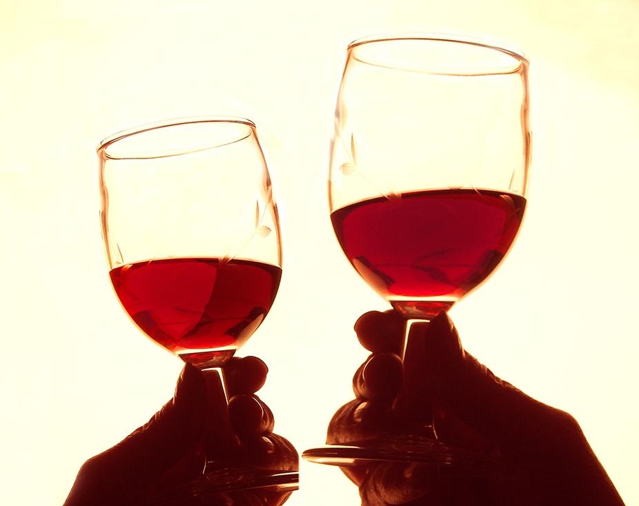 01-WineMontageLg_0129.jpg