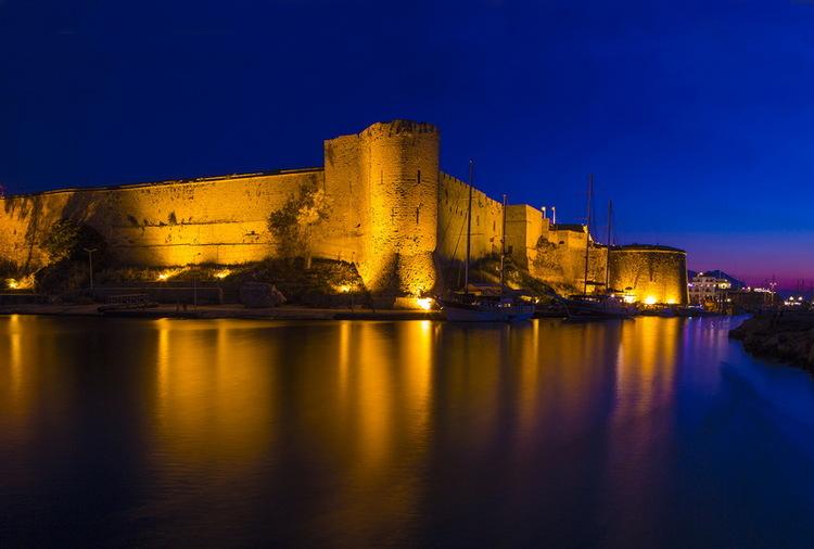 Kyrenia+Harbour.jpg