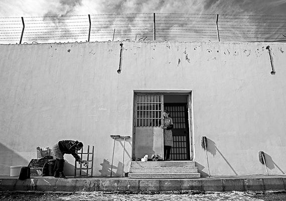 39-Behind The Bars 02.jpg