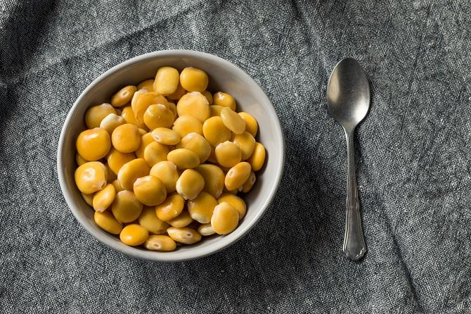 Chowhound - What Are Lupini Beans? -