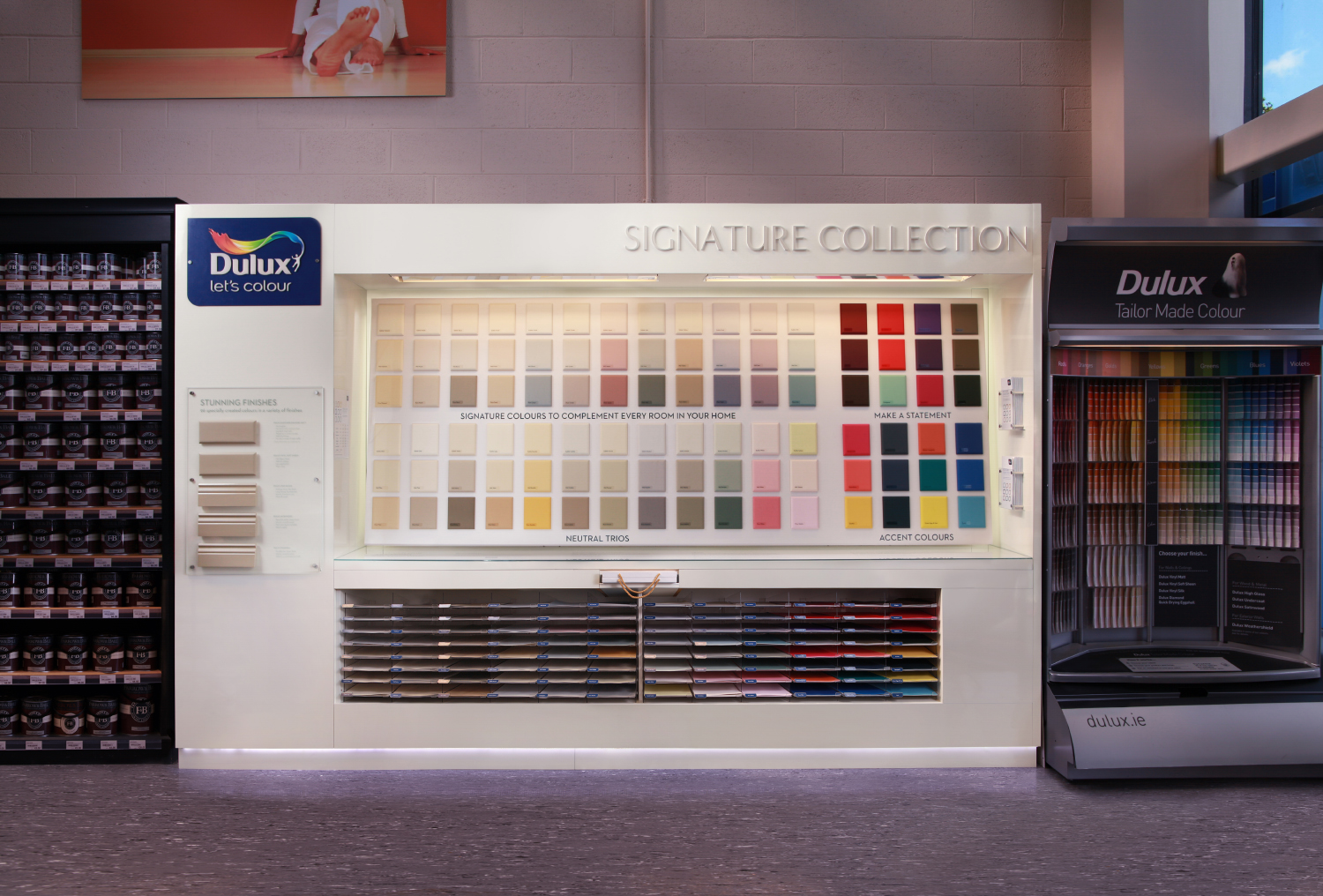 Dulux Stand
