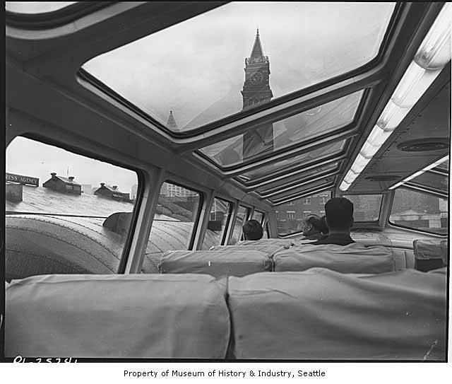 Interior_of_observation_car_at_King_Street_Station_Seattle_December_9_1947.jpg